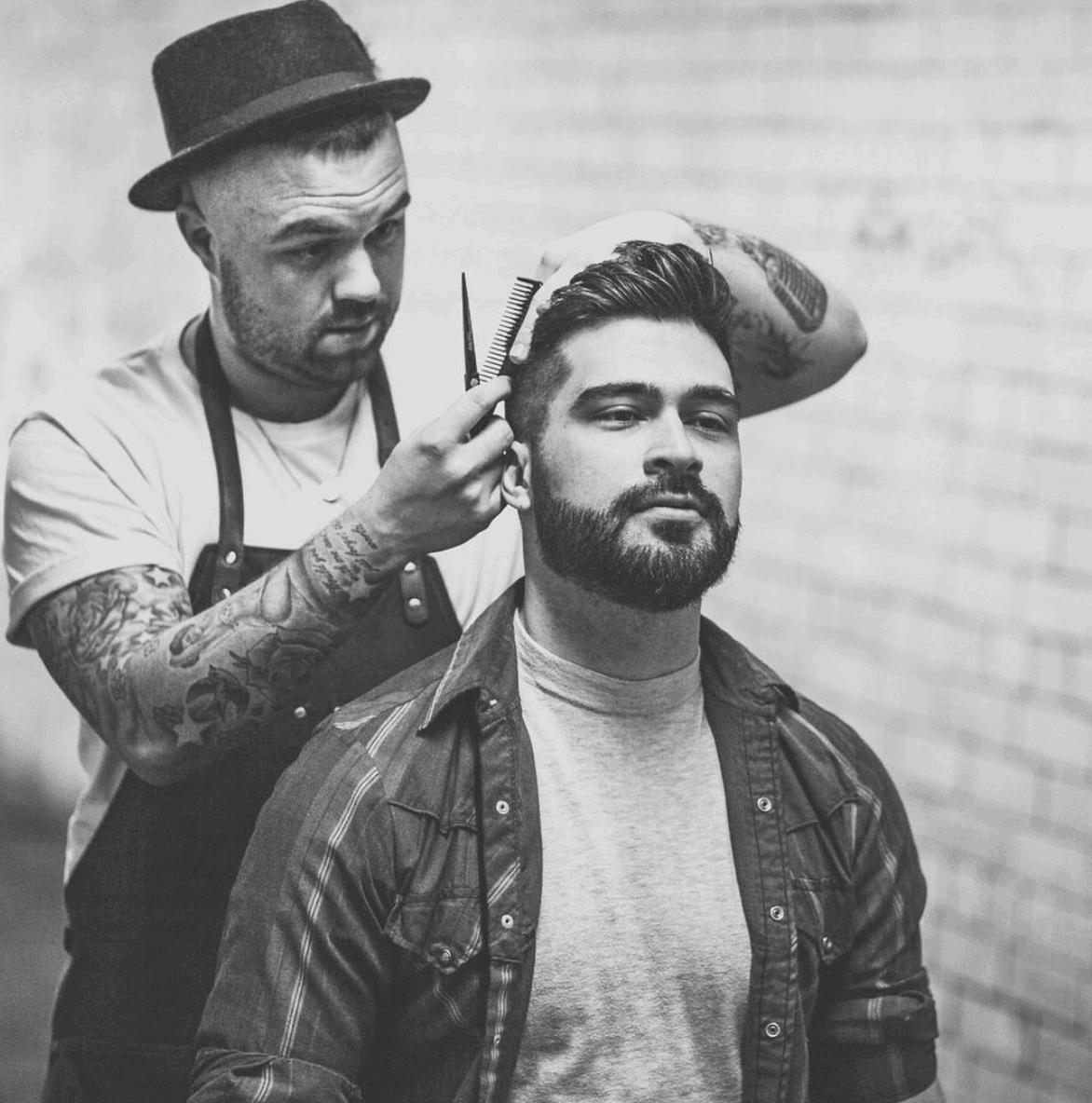 man getting beard trim